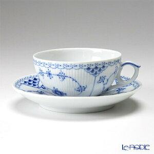 【ポイント10倍】ロイヤルコペンハーゲン (Royal Copenhagen) ブルー フルーテッド ハーフレース ティーカップ&ソーサー 200cc 1102080/1017206 北欧 ブルーフルーテッド おしゃれ かわいい 食器 ブラ
