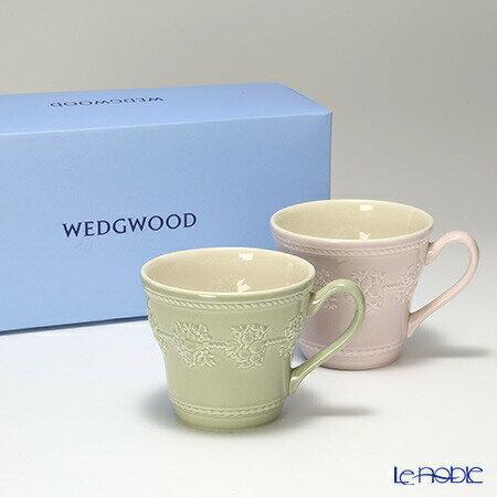 ウェッジウッド (Wedgwood) フェスティビティ マグ 300cc(セージグリーン&ピンク) ペア 【ブランドボックス付】【楽ギフ_包装選択】【楽ギフ_のし宛書】 ウエッジウッド 母の日 結婚祝い お祝い マグカップ 食器 内祝い
