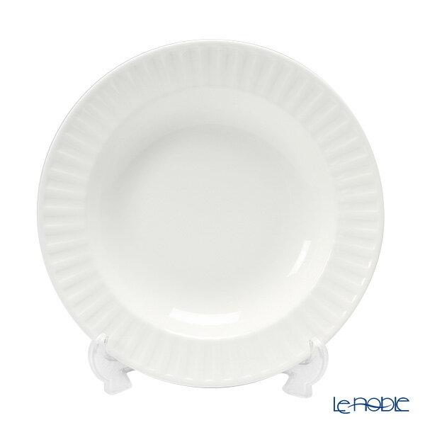 【ポイント10倍】ウェッジウッド (Wedgwood) ナイト&デイ スーププレート 23cm(フルーテッド)【楽ギフ_包装選択】【楽ギフ_のし宛書】【楽ギフ_名入れ】 ウエッジウッド 母の日 結婚祝い お祝い 白 深皿 カレー パスタ 食器 おしゃれ ブランド