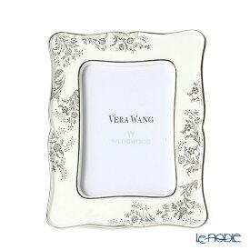 【ポイント10倍】ウェッジウッド (Wedgwood) ヴェラ・ウォン ヴェラレース プラチナ ピクチャーフレーム 17×13cm /// フォトフレーム おしゃれ 写真立て 結婚祝い 写真たて レース 花柄 高級 ウエッジウッド // ギフト プレゼント 贈り物 結婚祝い 引き出物 お祝い 内祝い