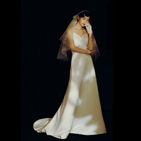ウエディングドレス 小さいサイズ 大きいサイズ 白 スレンダーライン トレーンドレス エンパイアライン 二次会 花嫁 結婚式 Vネック キャミソール ノースリーブ 背中開き シンプル