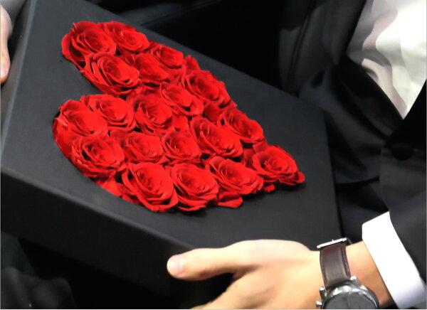 プリザーブドフラワープレゼントギフト「アムールアランフィニ」【無料ラッピング】【無料ギフトバック】【送料無料】花おしゃれお返し誕生日ギフトインスタ映え新築祝い誕生日開店祝い結婚祝い