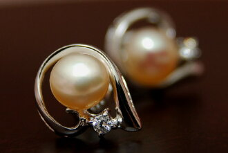 In soft pastel colors in my ear a feminine 6 mm natural color freshwater pearl earrings