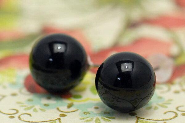 10mm黒珊瑚ピアス/イヤリング つやつや漆黒の上級品 大珠だけど軽くて着け心地抜群