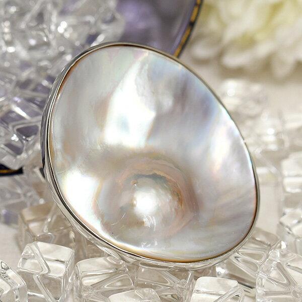 ホワイト マベ真珠 ブローチ ペンダント 内側から輝く深みのあるレインボーホワイト KA60