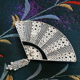 フィリグリー 扇 ブローチペンダント 美しい手仕事の繊細な銀線細工 ジョグジャカルタ【メール便不可】