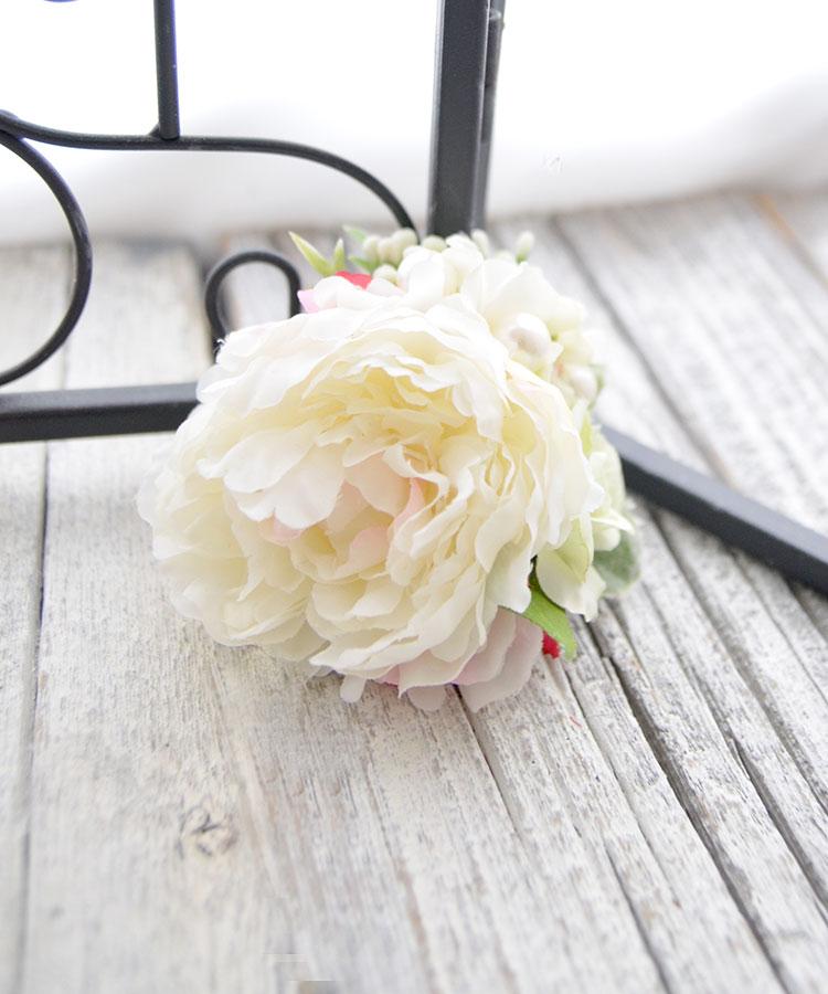 コサージュ スノーホワイトコサージュ 入園式 卒園式 入学式 卒業式 発表会 結婚式 およばれ