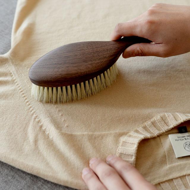 日本製 洋服ブラシ 馬毛 ショージワークス ウォールナット洋服ブラシ ウール・混紡用 CB-2 花粉 ブラシ