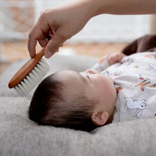 レデッカー[REDECKER/レデッカー]チルドレンヘアブラシベビーブラシ山羊毛ヘアブラシ赤ちゃんソフトベビー用