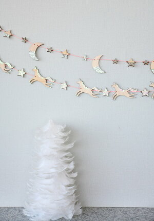 【MeriMeriメリメリ】木製ユニコーンと星のガーランドイリディセントグリッター【WoodenUnicornGarland】誕生日ホームパーティーインテリアガーランドバナー飾り付けクリスマスパーティーテーブルコーディネートChristmasXmasリトルレモネードあす楽