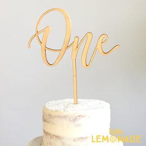 【studio M】ケーキトッパー 木製 スクリプト ONE【Alexis Mattox Design】誕生日 ファーストバースデー バースデー バースデー ファースト 1歳 お祝い ケーキデコレーション テーブルナンバー カリ