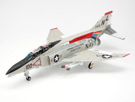 タミヤ 1/48 マクダネル・ダグラス F-4B ファントムII【61121】