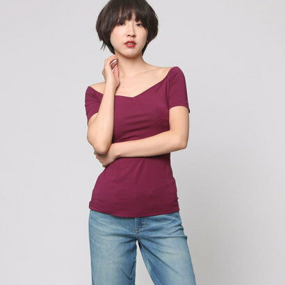 【アウトレット】ゲス GUESS S/S TERI OFF-SHOULDER TOP (SANGRIA)