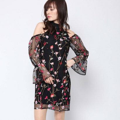 ゲス GUESS CYNDI EMBROIDERED DRESS (JET BLACK MULTI)