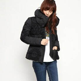 【アウトレット】デシグアル Desigual WOMAN WOVEN PADDED SHORT OVERCOAT (Grey/Black)