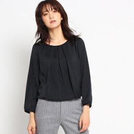 インディヴィ INDIVI [S]シルデューサテン タックブラウスシャツ (ブラック)