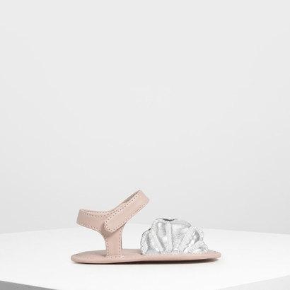 【2019 SUMMER 新作】ベイビーガールズ シーシェルサンダル / Baby Girls' Seashell Sandals (Silver)