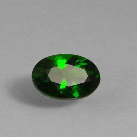 クロムダイオプサイド0.83ct bf-1873透明感が高くテリがあるので、ダイオプサイド特有の暗い緑色の中で反射を繰り返した光が美しく、鮮やかな色できらめきます。レアストーン専門店大阪ウエルダー