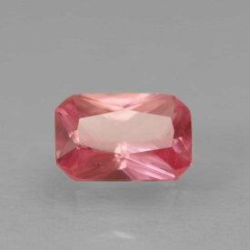 ロードクロサイト0.57ct bf-2172ローズピンクの色合いが、美しく透き通った輝きをみせます。コロラドや南アフリカなどと比べると、比較的新しく発見された産地です。レアストーン専門店大阪ウエルダー