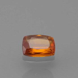 オレンジカイヤナイト0.58ct b-2244【超レア】青色のカイヤナイトとくらべてインクリュージョン が多く、向きによって硬度が変わりさらに劈開があるためカット石は非常にレアです。レアストーン専門店大阪ウエルダー