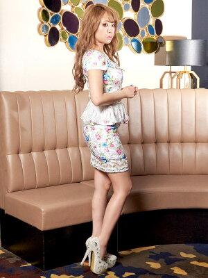 ドレスキャバドレスナイトドレス大きいサイズ[SMLサイズ]ウエストシアー花柄ぺプラムタイトミニドレス[dazzyQueen][桜井莉菜][ピンク紫][花柄][レディースladiesdress大人女性][3サイズ展開]dazzyストア