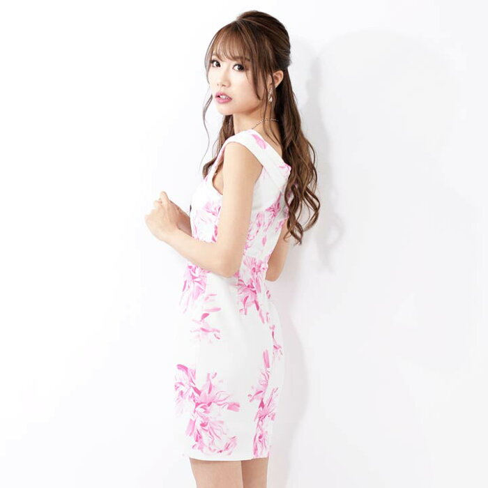 [SMLサイズ]オフショル付flowerプリントタイトミニドレス[3サイズ展開][家原里佳]