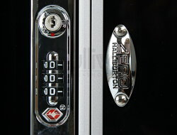 ZEROHalliburtonゼロハリバートンClassicPolycarbonateクラシックポリカーボネートTrolley4Wheel24インチ4輪トローリーZRF24スーツケースキャリーケース