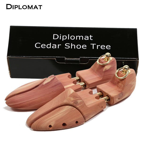 シューズキーパー shoe tree 木製 芳香西洋杉 靴の型崩れを防ぐ 消臭 除湿 シューケア 通販 靴ケア用品 おすすめ 通販/正規品 Diplomat ディプロマット シューキーパー ヨーロピアンシダー シューツリー