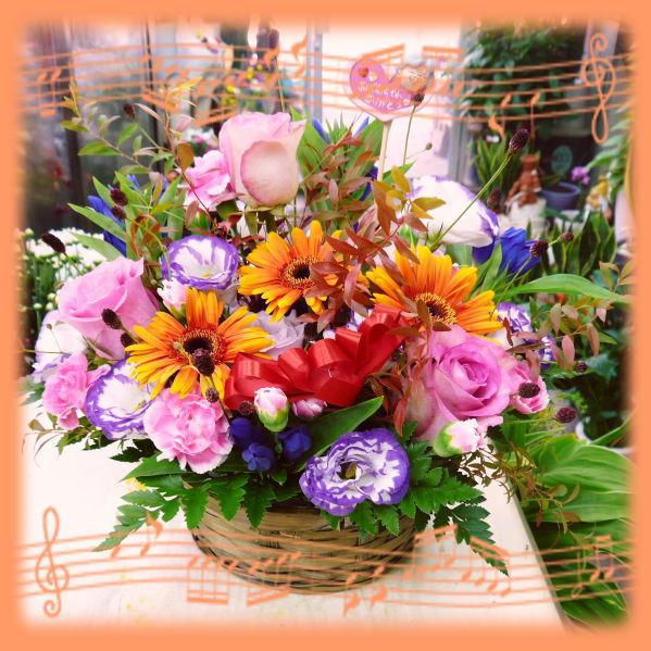 【秋限定】【敬老の日】★秋GIFTに!誕生日!御祝!秋のお花でカラフルアレンジ!【送料無料】【あす楽対応_関東】【smtb-TD】【saitama】【楽ギフ_包装】