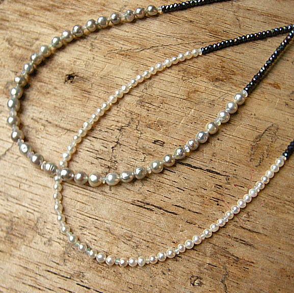 個性的に冬 Black-White アコヤ真珠 オパールびかびか SVブラックスピネルネックレス