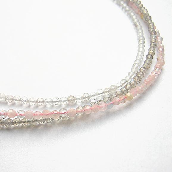 春コスメ色 3連 SVネックレス 水晶 モルガナイト ラブラドライト