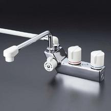 【最安値挑戦中!最大24倍】シャワー水栓 KVK KF207RR3 デッキ形一時止水付2ハンドルシャワー 取付ピッチ85mm 300mmパイプ付 右側シャワー