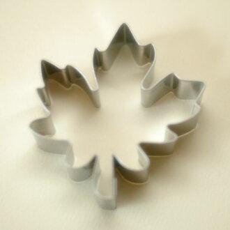 [STADTER in German] cookie cutter (maple shape)