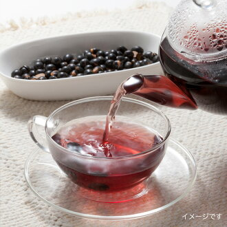 Is it black soybean tea えっ? Is the bean the tea which I can eat, too? Because a farmhouse is direct, I am reliable! I compare by accepting two kinds of black soybean tea trials and set it