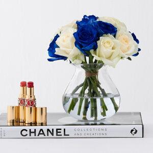 【送料無料】 青バラと白バラ 15本花束+花瓶セット 誕生日 ギフト に バラの花束 送料無料 あす楽対応で12時まで当日発送します 結婚記念日 敬老の日 クリスマス 成人式 バレンタイン