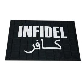 【フラッグ】【インフィデル】アラビア語 ロゴ フラッグ ブラック 屋内・屋外用 91cm×155cm 【INFIDEL FLAG 旗 バナー】