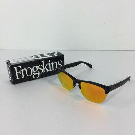 【中古】【メンズ】OAKLEY FROGSKINS LITE 9374-0463 オークリー フロッグスキン ライト アクセサリー サングラス 眼鏡 サイズ:63ロ10 138 カラー:MATTE BLACK PRIZM RUBY