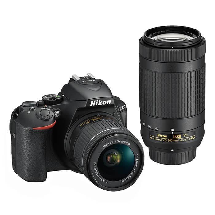 《新品》Nikon (ニコン) D5600 ダブルズームキット[ デジタル一眼レフカメラ | デジタル一眼カメラ | デジタルカメラ ]【KK9N0D18P】
