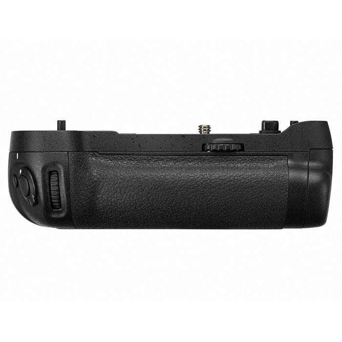 《新品アクセサリー》 Nikon(ニコン) マルチパワーバッテリーパック MB-D17(対応機種:D500)【KK9N0D18P】