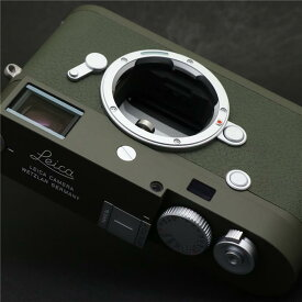 【あす楽】 【中古】 《新同品》 Leica M10-P サファリ 【希少品/世界限定1500台生産】 [ デジタルカメラ ]