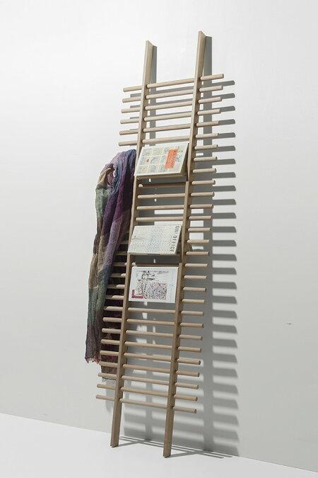 多目的ハンガーBONE・貫通タイプ(多目的ラック・マルチハンガー・マルチラック・小物掛け・帽子掛け・ハットフック・壁に立てかける・梯子状・木製・おしゃれ・デザイン・インテリア・送料無料)/BONE-02/Ladderシリーズ/マルゲリータ