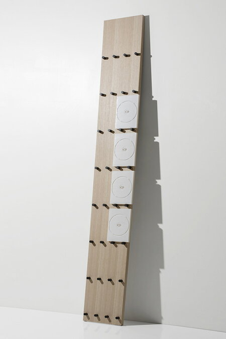 DVDラック木製(DVDを飾るDVDトールケースディスプレイラックディスプレー展示見せる収納おしゃれデザインインテリア壁掛け)DVD-03/マルゲリータ