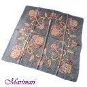 訳あり地紋入り 大判シルクスカーフ紋章柄ピンクグレーの可愛らしい配色額に入れて飾れるデザイン約80cm正方形