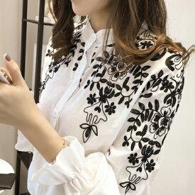 トップス ブラウス シャツ 花柄刺繍 長袖 襟付き 袖フリル モノトーン 韓国ファッション クラシカル レディース 大人可愛い ホワイト ブラック M L 春 夏