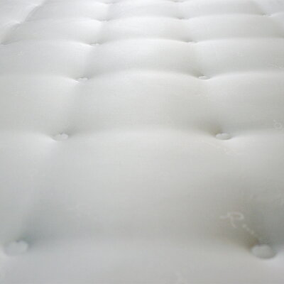Rebreana(リブレナ)J-classトリートメント(R)トッパー敷ふとんピロートップダブル(140×200cm)ホワイトロゴパターン柄TOMIZAWAキルト加工詰め物(巻きわた)テンセル100%(中芯)ウレタンフォーム側地ポリエステル70%・テンセル30%(ジャカード)