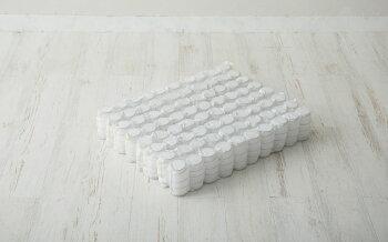 敷き布団のようなポケットコイルマットレスホワイトセミダブル