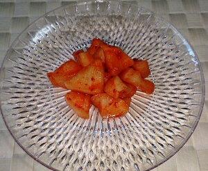 【大根キムチ200g】【カクテキ】りんごを使用し、食べやすい辛さです! 【ご飯のお供】【酒の肴】