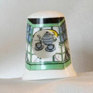 ティータイム Tea time 穴の中にはティーセット ピープホール イギリス バーチクロフト シンブル 指貫き ソーイング キルト パッチワーク コレクション アイテム 誕生日 ギフト プレゼント 02P1