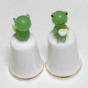 カフェ フロッグ Cafe Flog モデルトップ ハンドメイド ガラス フィギュア 蛙 カエル シンブル 指貫き ソーイング コレクション アイテム 誕生日 ギフト プレゼント 02P09Jul16 532P16Jul16 02P29Jul1