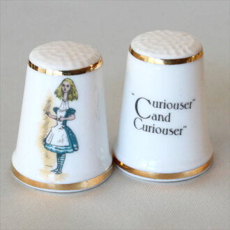 It is strangely Alice in Wonderland Alice Alice in Wonderland Lewis Carroll royal Grafton Royal Grafton thimble sewing patchwork kilt collection item present 02P05Sep15 TCC キュリオサー Curiouser and Curiouser